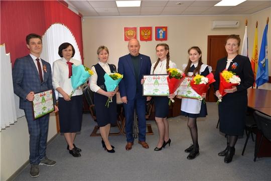 Глава администрации района чествовал победителей VIII Международной олимпиады по татарскому языку и литературе