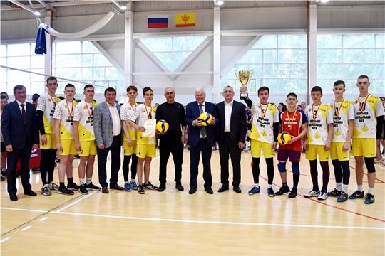 Победой новочебоксарских и батыревских школьников в Чувашии завершился 12-й сезон чемпионата Школьной волейбольной лиги