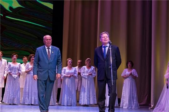 Евгений Кадышев поздравил Чувашский государственный театр оперы и балета с Днем рождения
