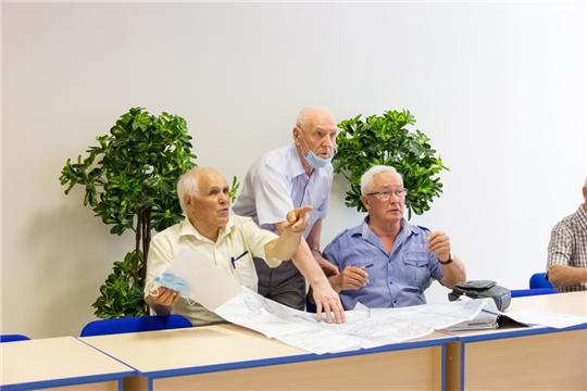 Совет старейшин при Чебоксарском городском Собрании депутатов посетил Кадетский сквер