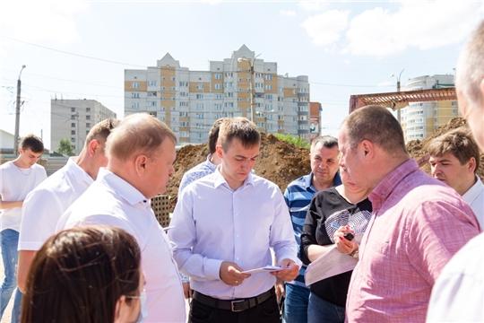 Состоялось выездное заседание на объекты строительства образовательных организаций, расположенных на территории города Чебоксары