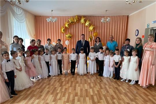 Олег Кортунов поздравил воспитанников детских садов с Днем защиты детей