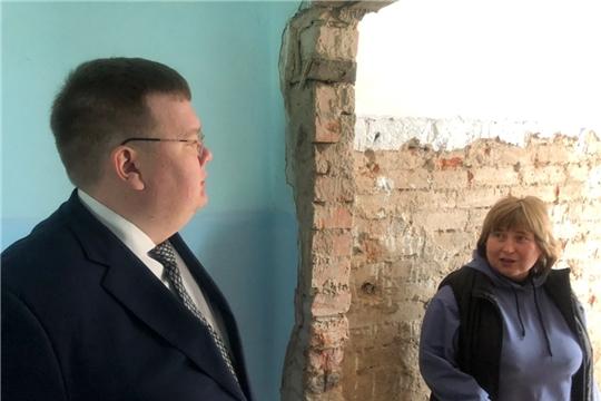 Олег Кортунов ознакомился с ходом капитального ремонта общеобразовательных учреждений