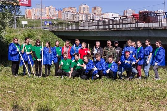 Депутаты провели экологическую акцию «Очистка малых рек»