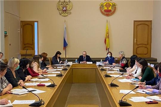 Алевтина Федорова приняла участие в совещании с комиссиями по делам несовершеннолетних и защите их прав