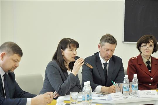 Уполномоченный приняла участие в выездном заседании Комитета по социальной политике и национальным вопросам Госсовета Чувашии