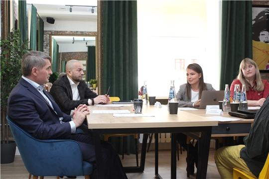 Олег Николаев встретился с молодыми архитекторами Чувашии