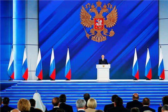 Президент России Владимир Путин поставил задачу по увеличению темпов ввода жилья