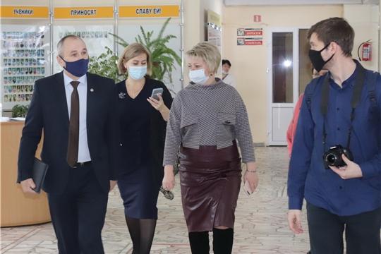 С рабочим визитом в Алатыре побывал заместитель министра образования и молодёжной политики Чувашии Н.А. Жуков