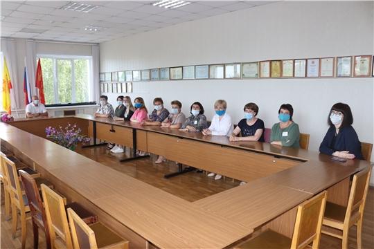 Работников социальной защиты населения города Алатыря и Алатырского района поздравили с профессиональным праздником
