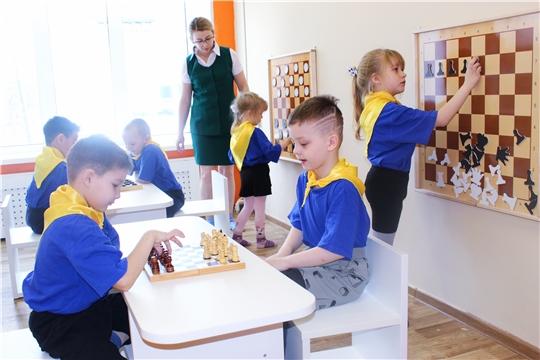 Шашечные и шахматные турниры организованы в детских садах столицы