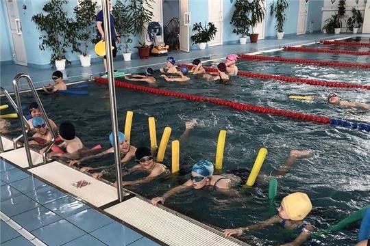 Первые результаты: столичные кадеты начали посещать бассейн и тир