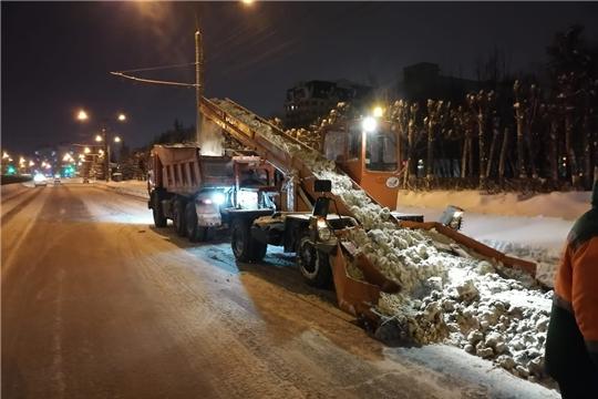 Чебоксарские дорожники справились с последствиями сильнейшего снегопада