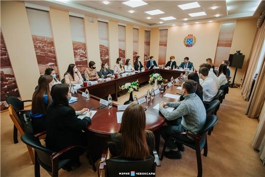В Чебоксарах встретились члены Молодежных правительств города Чебоксары