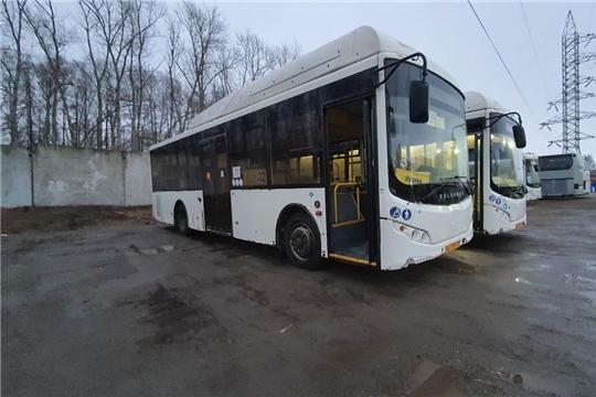 В Чебоксарах продолжают проверять как перевозчики организовали мойку автобусов