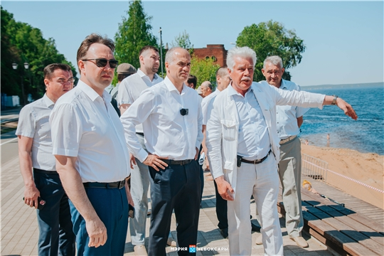 Алексей Ладыков на девятикилометровом обходе набережной: о пятом этапе, пляжах, новых кафе и трюковых территориях
