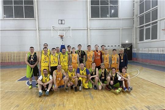 Определился обладатель Кубка города Канаш по баскетболу среди мужских команд