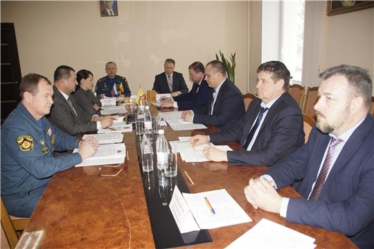 На заседании коллегии Николай Ивановпредставил отчет о деятельности ГКЧС Чувашии за 2020 год
