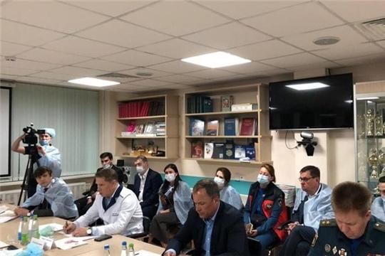 «Во всех учебных заведениях регионов ПФО должны быть усилены меры безопасности», - Игорь Комаров