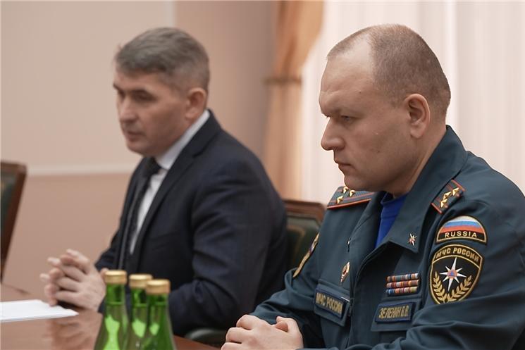 Сегодня в Доме Правительства представили нового начальника главного управления МЧС России по Чувашии Валерия Зеленина