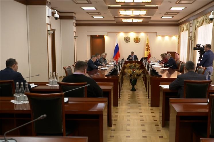 На оперштабе обсудили меры по противодействию коронавирусной инфекции.