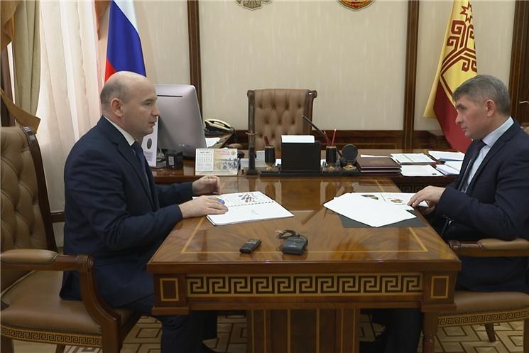 Встреча Олега Николаева с руководителем УФАС по Чувашии Валерием Котеевым.
