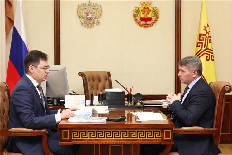 Рабочая встреча Олега Николаева с Уполномоченным по защите прав предпринимателей в ЧР Александром Рыбаковым