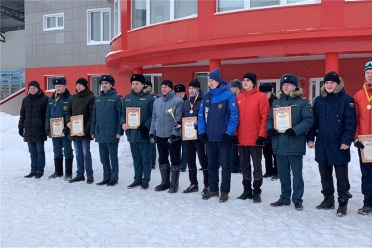 В городе Чебоксары состоялись соревнования спасателей по лыжным гонкам
