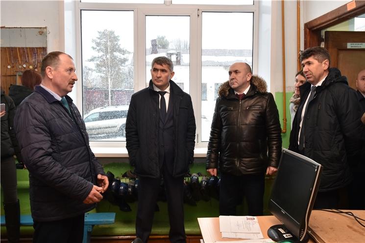Олег Николаев посетил Цивильский район