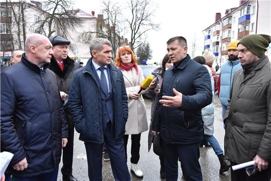Глава республики посетил место происшествия в Канаше (фото Василия Кузьмина)