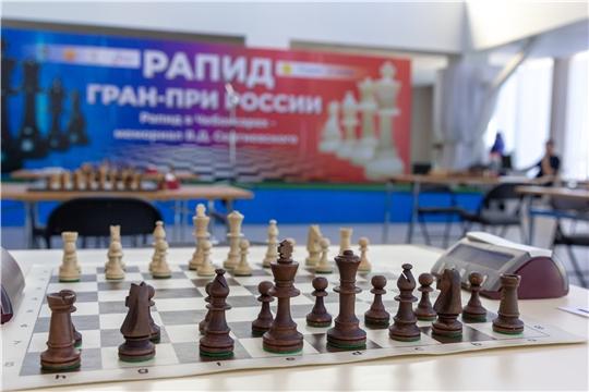 Олег Николаев открыл шахматный турнир