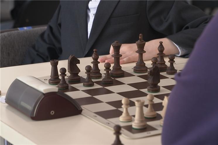 В столице  Чувашии стартовали всероссийские соревнования по быстрым шахматам.