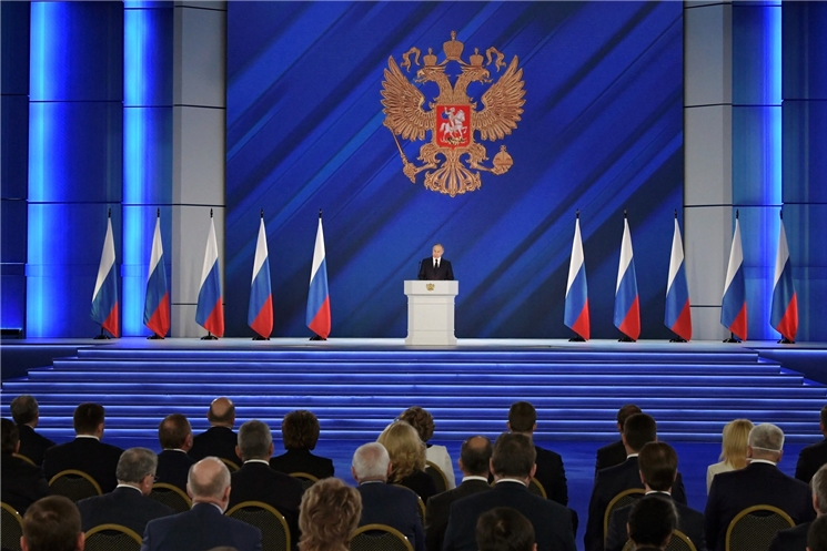 Олег Николаев прокомментировал Послание Президента РФ: «Регионам предоставят мощные инструменты развития»