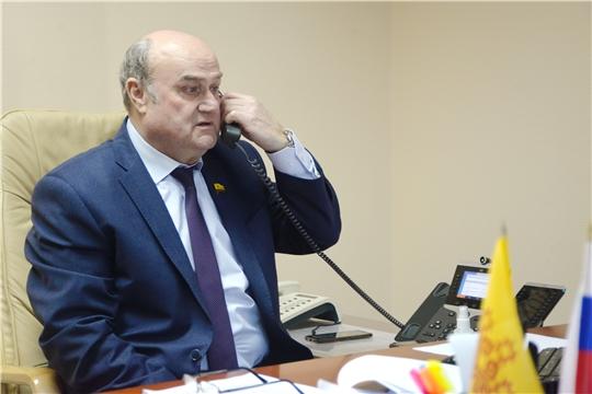 Юрий Кислов провел дистанционный прием граждан