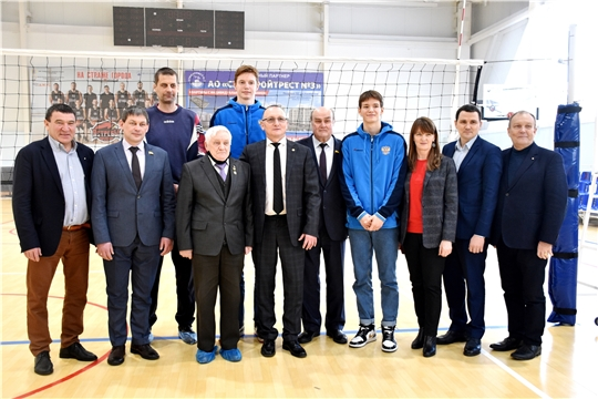 Депутаты Госсовета приняли участие в открытии чемпионата Школьной волейбольной лиги Чувашии