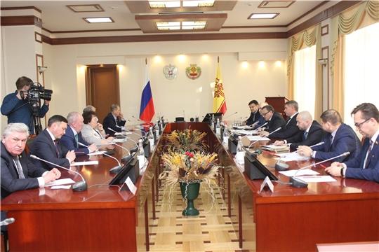 Депутаты Госсовета обсудили с Главой Чувашии уточнение бюджета республики