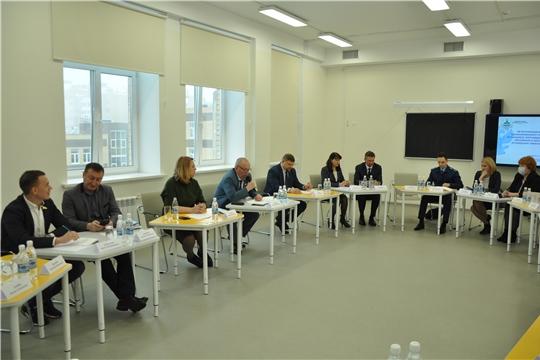 Депутаты обсудили вопросы организации горячего питания для учащихся в республике