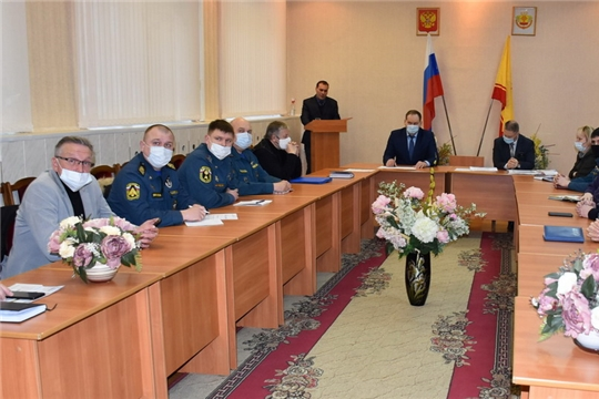 Заседание комиссии по предупреждению и ликвидации ЧС и обеспечению пожарной безопасности