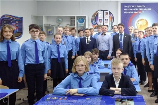 Урок в гимназии №8 на тему: «60 лет первого полета человека в космос. Первые в мире» / «60-летие космической эры»