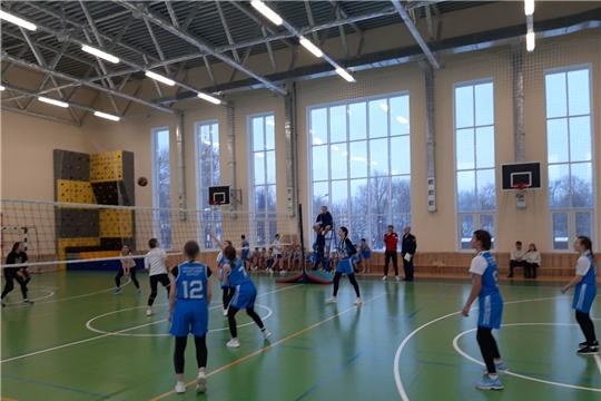 Определились финалисты первенства Калининского района г.Чебоксары по волейболу