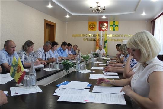 Заседание комиссии по профилактике правонарушений при администрации Канашского района
