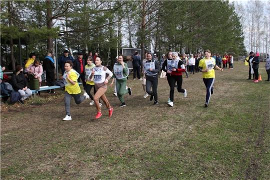 В Красных Четаях провели весенний праздник «королевы спорта»