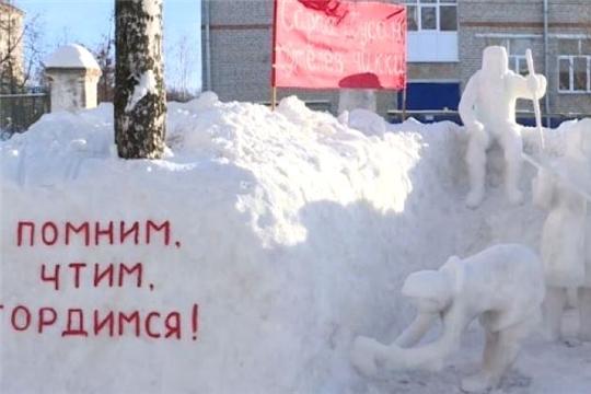 Родитель воспитанницы детского сада №49 построил ледяной «Сурский рубеж»