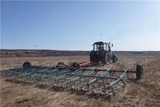 В Мариинско-Посадском районе начались весенне-полевые работы