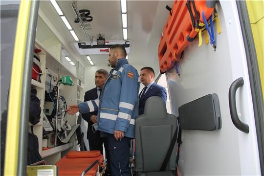 Министр здравоохранения Чувашии Владимир Степанов посетил Республиканский центр медицины катастроф и скорой медицинской помощи