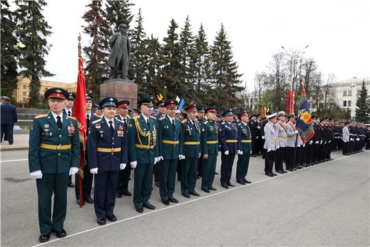 Парад Победы в Чебоксарах прошел с соблюдением всех мер эпидбезопасности