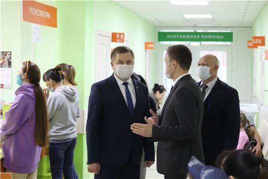 Министр здравоохранения Чувашии Владимир Степанов посетил Вурнарский район