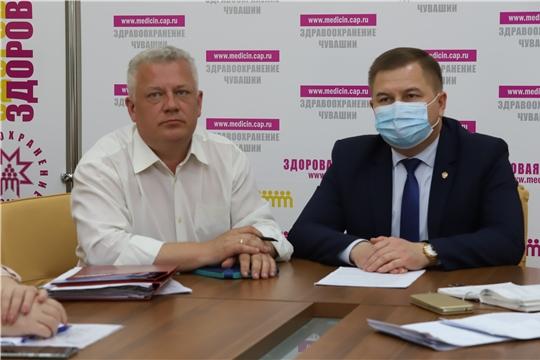 На селекторном совещании с Минздравом России обсудили вопросы диспансеризации: в Чувашии ее прошли уже более 100 000 жителей