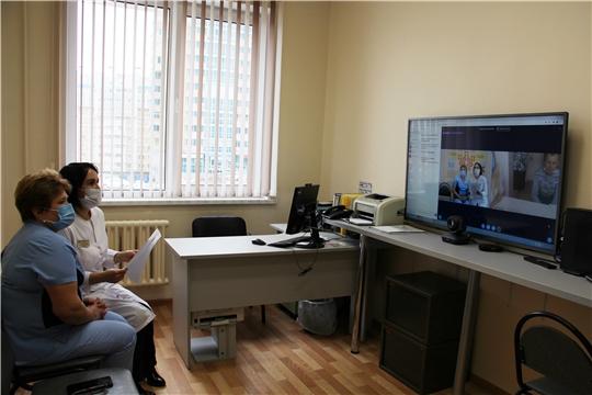 За 5 месяцев в телемедицинском центре онкодиспансера выполнено более 1700 консультаций