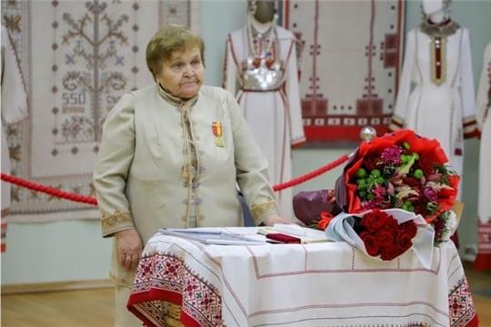 Светлой памяти Марии Симаковой